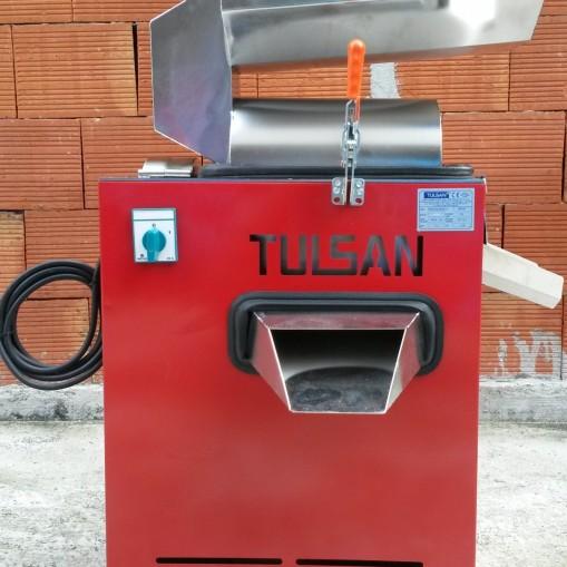 Eлектрическа машина за мелене на домати